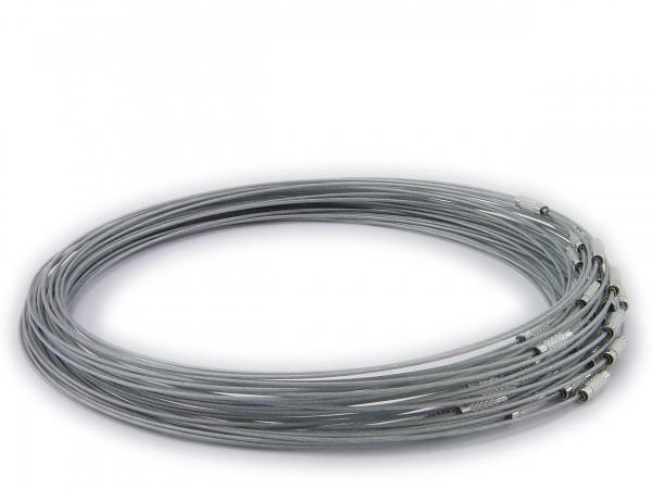 Halsreif aus Stahl ** Farbe: Silber ** Schraubverschluss ** Länge ca. 45 cm
